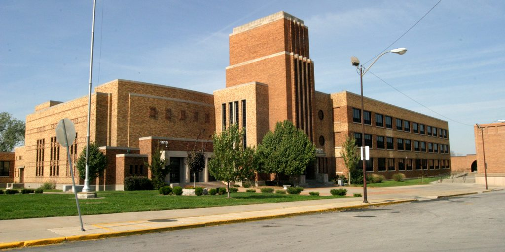 Sumner Academy exterior